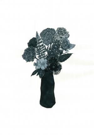 exid33630wid32282 / 黒い花入と七種類の花